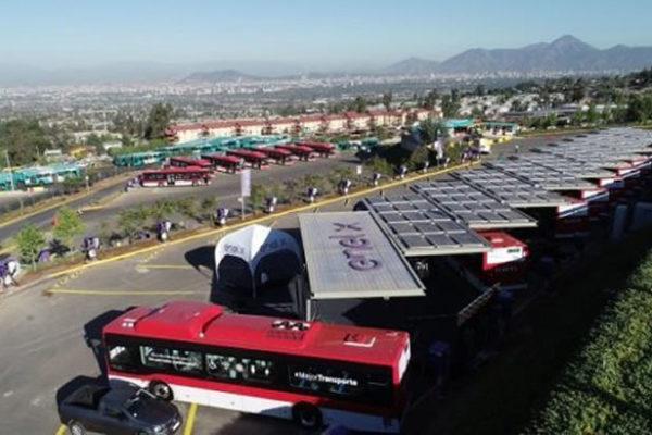 Buses eléctricos de Enel X y Metbus son premiados por Unión Internacional de Transporte Público